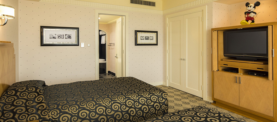 image of Mickey's Premiere Suite1