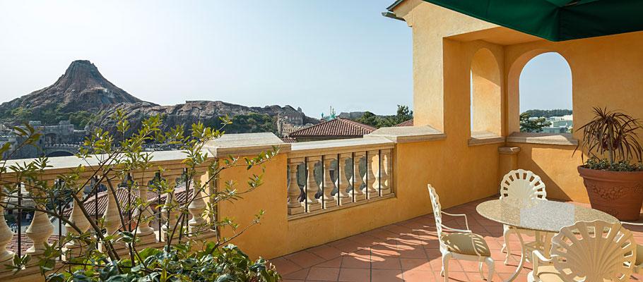 顶楼阳台客房(广场景观)的图像2
