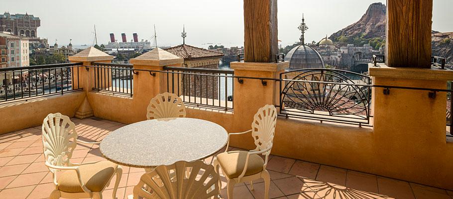 顶楼阳台客房(广场景观)的图像3