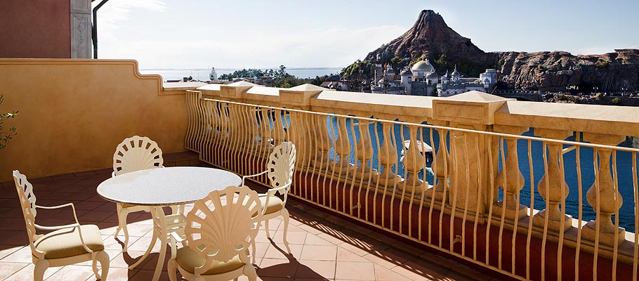 顶楼阳台客房(港湾景观)的图像1
