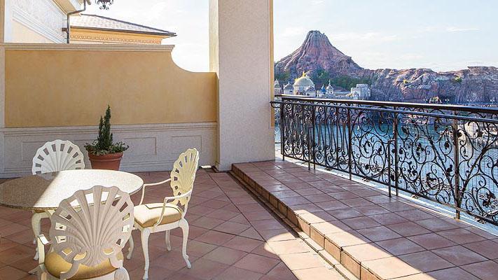 顶楼阳台客房(港湾全景观)的图像