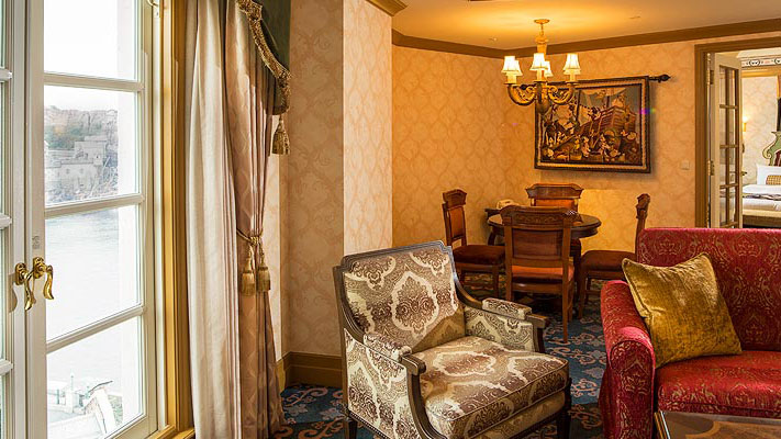 image of MiraCosta Suite