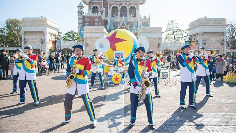 """助兴表演""""东京迪士尼海洋滨海乐团""""的图像1"""