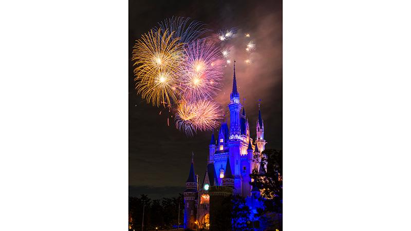 image of Starbright Christmas (Fireworks)1
