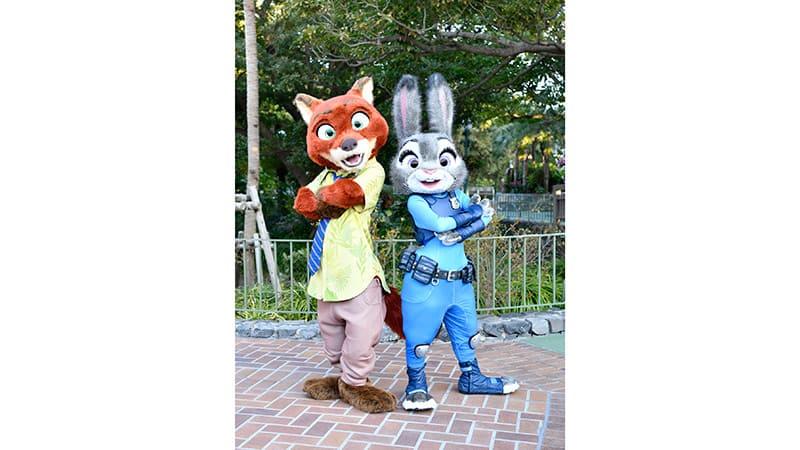 ◆ 东京迪士尼乐园的其他节目 ◆  朱迪与尼克蹦跳戏水乐的图像1