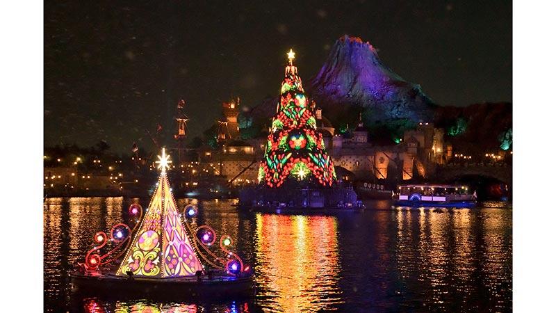 绚彩圣诞:梦幻余辉的图像1