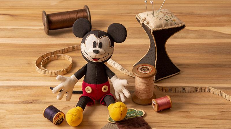 Disney Home Store Collection レトロな雰囲気のミッキーたちを自分らしくカスタマイズ!のイメージ