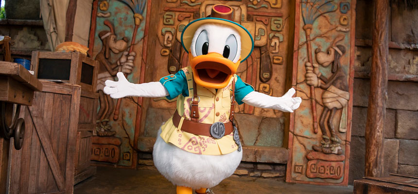 image of Mickey & Friends' Greeting Trails (Donald Duck)1