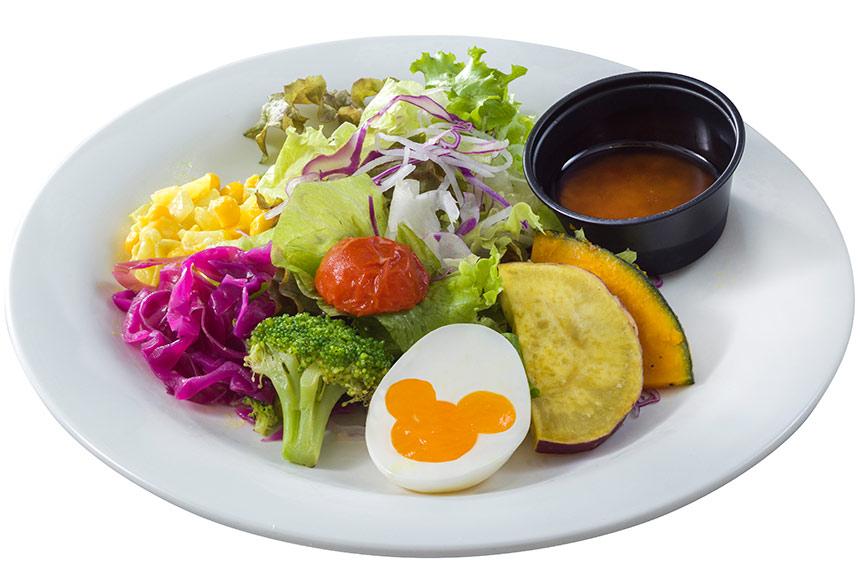 ローストベジタブルとエッグのサラダ、トマトオニオンドレッシングのイメージ