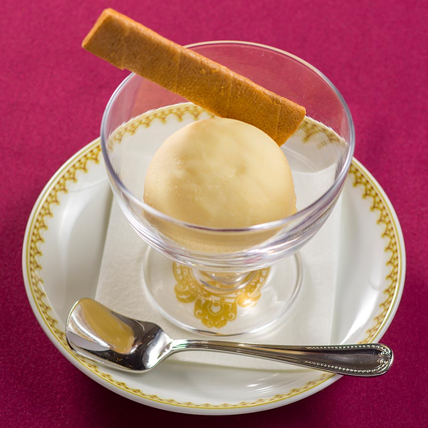 バニラアイスクリーム的图像