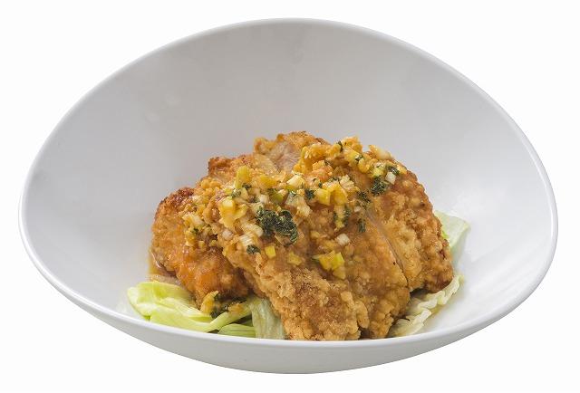 鶏の唐揚げ、香味ソースのイメージ