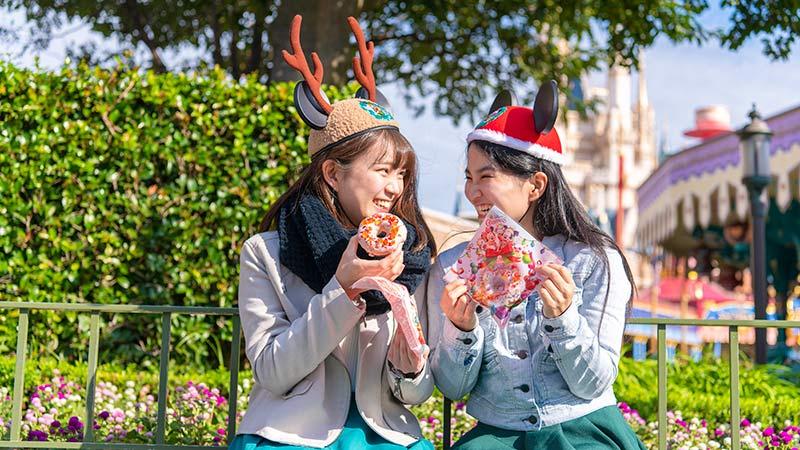 「ディズニー・クリスマス」 1日を通して楽しめるさまざまなメニューのイメージ