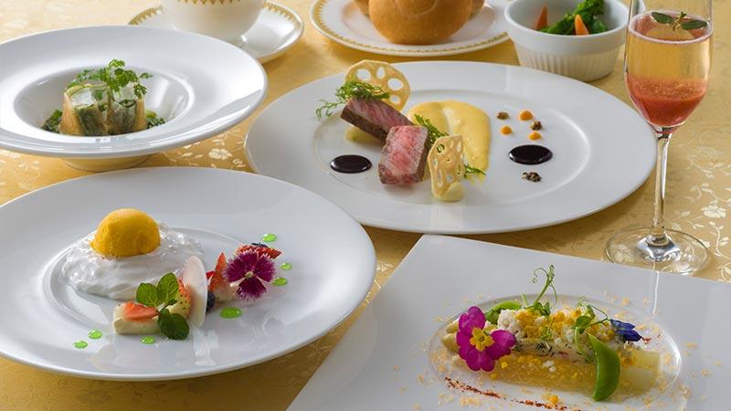 優雅な気分を味わえるレストランでちょっと贅沢なメニューを のイメージ