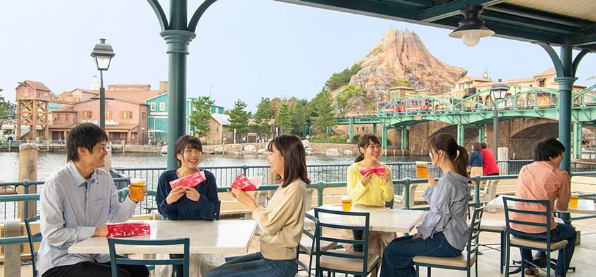 樱花餐厅室外营业区的图像1