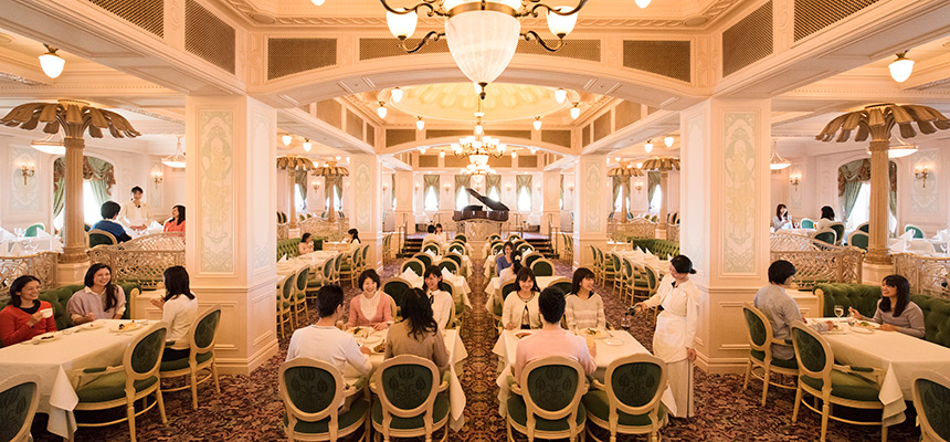 image of S.S. Columbia Dining Room1