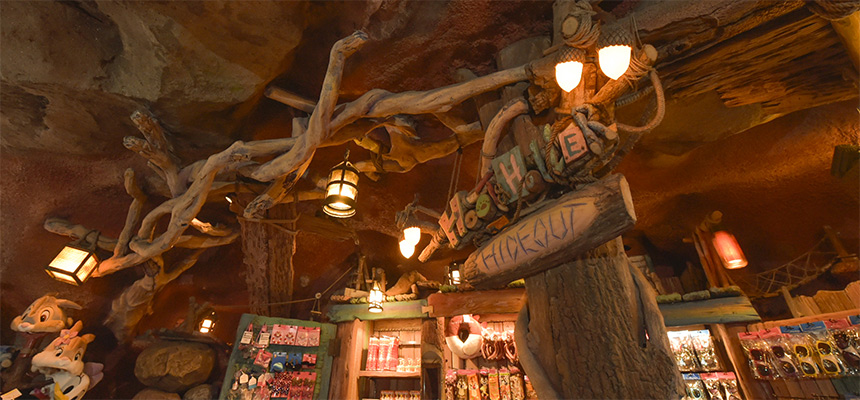 image of Hoot & Holler Hideout3