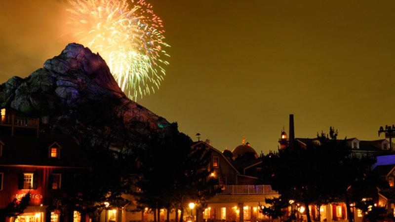 image of Disney Light the Night (Tokyo DisneySea)