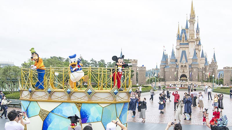 image of Mickey&Friends Greeting Parade