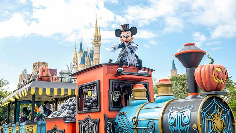 ミッキー&フレンズのグリーティングパレード:ハロウィーンバージョンのイメージ