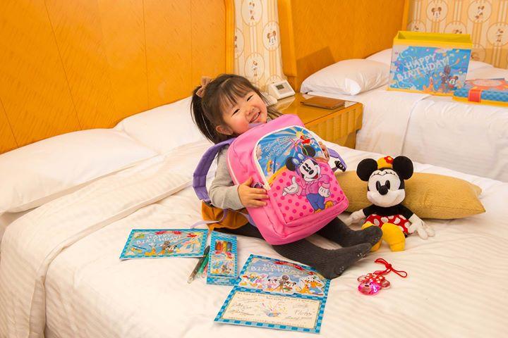 【お子さまの喜ぶアイテムがたくさん詰まったプレゼントボックス!】今日はお子さまの誕生日をお祝いするとっておきの方法、ディズニーアンバサダーホテルの「スペシャルキッズバースデー...のイメージ