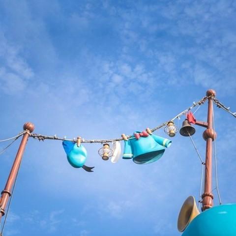 Good day for laundry! 気持ちいい五月晴れ #donaldsboat #toontown #tokyodisneyland...のイメージ
