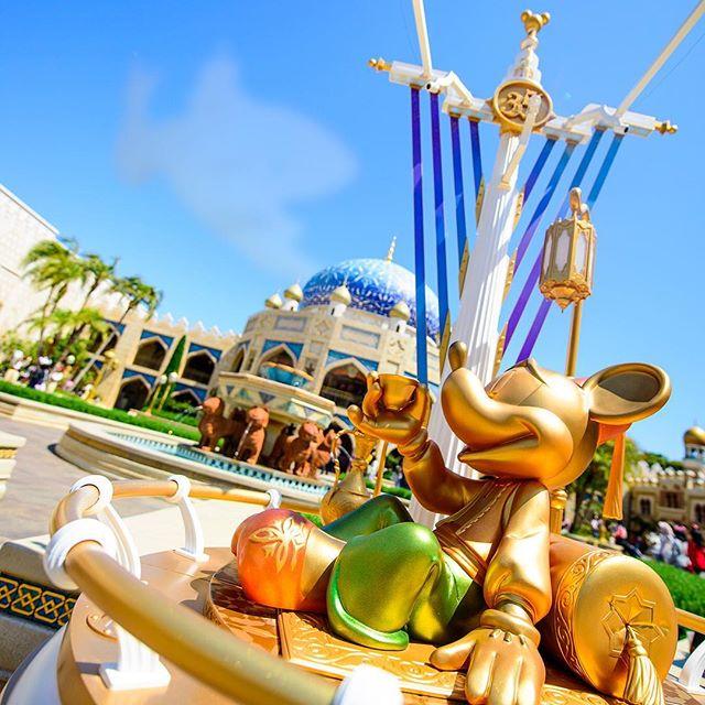 Find your favorite Happiest Mickey Spot!湯気が誰かにみえたらダブルタップ♪#35thanniversary...のイメージ