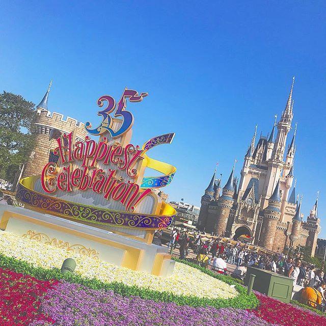 Have the happiest day!こんな快晴の日にはなにをしよう?(Photo:@____chiiio8)#35thanniversary...のイメージ