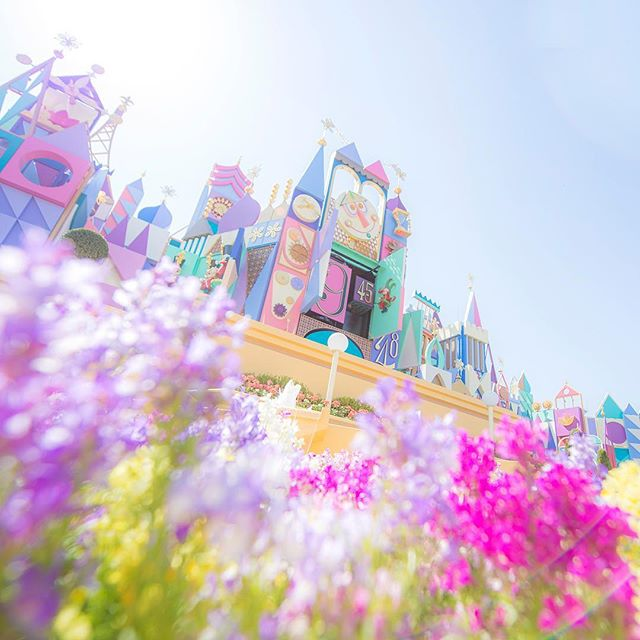 image of Set sail for the happiest cruise that ever sailed.幸せな小さな世界♪#itsasmallworld #fantasyland...