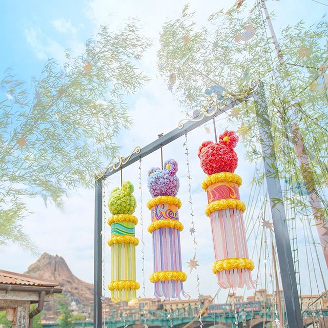 image of What's your wish for Tanabata?どんなお願い事をしようかな?#disneytanabatadays #americanwaterfront...