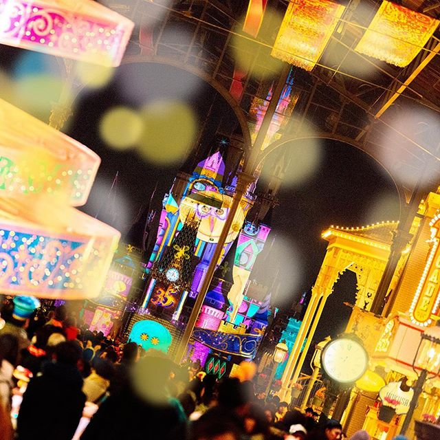 Dreams and magic on Cinderella Castle.瞼を閉じても、忘れない・・・!#celebratetokyodisneyland...のイメージ