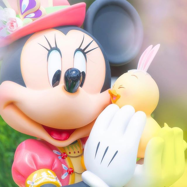 Minnie and Usapiyo, instant friends!すりすり♡#disneyseaster #usapiyo #usapiyoeasterpark...のイメージ
