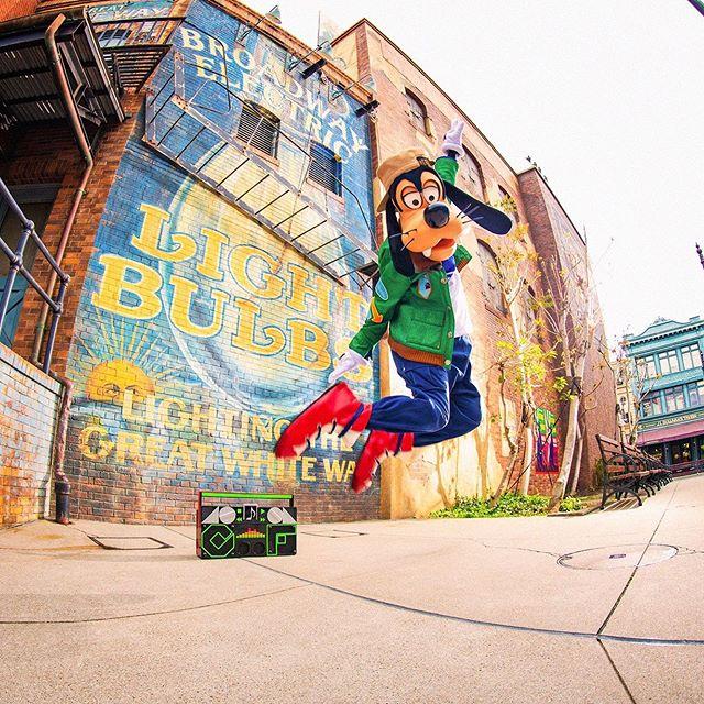 Jump!スクリーンデビューおめでとう✨#goofy #screendebut #americanwaterfront  #tokyodisneysea... 이미지