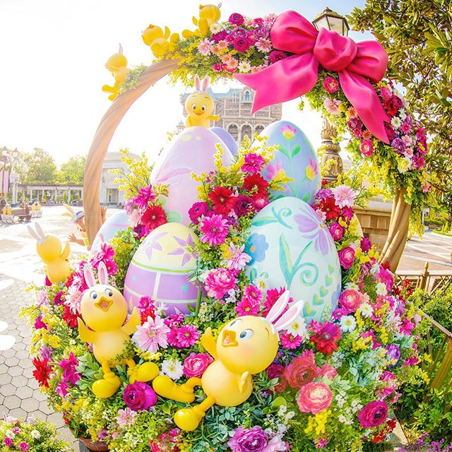 image of Have you enjoyed Disney's Easter this year?カゴいっぱいのかわいさ♡#disneyseaster #usapiyo...