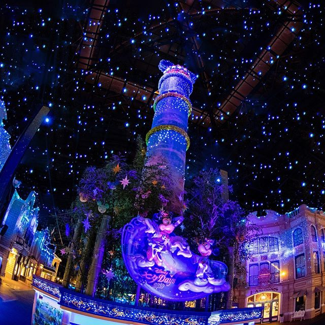 Make a wish upon a star!星のきらめきに願いをのせて#disneytanabatadays #wishingplace...のイメージ