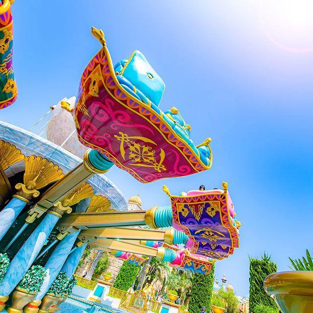image of Fly over Jasmine's garden!どこまでも飛んでいけそう…✨#jasminesflyingcarpets #arabiancoast...