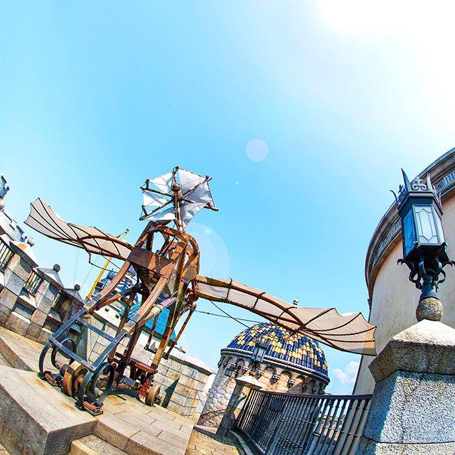 image of Take off!冒険の海へはばたこう!#flyingmachine #fortress #fortressexplorations #mediterraneanharbor...