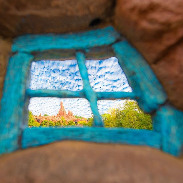 Awesome view!どこからの眺めかな?#splashmountain #crittercountry #tokyodisneyland...のイメージ