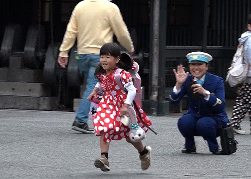本日7月16日(月)19:00~放送の「はじめてのおつかい」(日本テレビ系列)では、東京ディズニーリゾートに生まれた時から通いつめている4才の女の子が、東京ディズニーシーで大...のイメージ