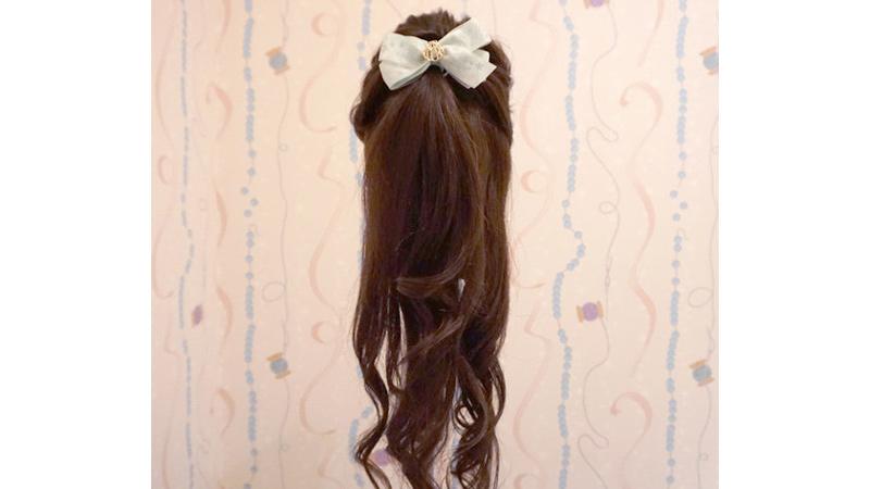 【プリンセス気分になれる♡ヘアアレンジのご紹介♪~第1弾~】東京ディズニーリゾートの「ビビディ・バビディ・ブティック」は、「プリンセスになりたい!」という夢を叶えてくれる素敵...のイメージ